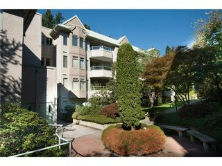 Photo 1: 210 6737 STATION HILL Court in Burnaby South: South Slope Home for sale ()  : MLS®# V974916