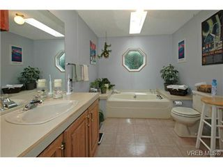 Photo 14: SAANICHTON MOBILE HOME = SAANICHTON REAL ESTATE Sold With Ann Watley! Call (250) 656-0131