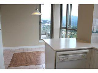 "Photo 5: 2303 3070 GUILDFORD Way in Coquitlam: North Coquitlam Condo for sale in ""LAKESIDE TERRACE"" : MLS®# V1022601"