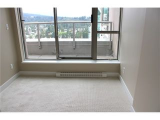 "Photo 13: 2303 3070 GUILDFORD Way in Coquitlam: North Coquitlam Condo for sale in ""LAKESIDE TERRACE"" : MLS®# V1022601"