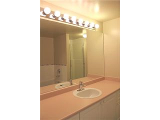 "Photo 10: 2303 3070 GUILDFORD Way in Coquitlam: North Coquitlam Condo for sale in ""LAKESIDE TERRACE"" : MLS®# V1022601"