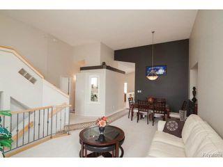 Photo 3: 47 Coxswain Cove in WINNIPEG: Windsor Park / Southdale / Island Lakes Single Family Detached for sale (South East Winnipeg)  : MLS®# 1415358