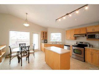 Photo 7: 47 Coxswain Cove in WINNIPEG: Windsor Park / Southdale / Island Lakes Single Family Detached for sale (South East Winnipeg)  : MLS®# 1415358