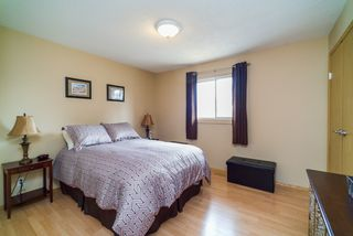 Photo 8: 281 Stradford Street in : Crestview Single Family Detached for sale