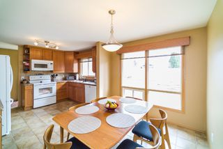 Photo 7: 281 Stradford Street in : Crestview Single Family Detached for sale
