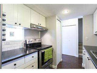 Photo 5: 898 CUNNINGHAM LN in Port Moody: North Shore Pt Moody Condo for sale : MLS®# V1116734