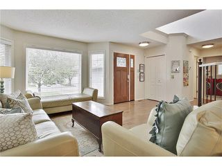 Photo 3: 110 Panorama Hills CI NW in Calgary: Panorama Hills House for sale : MLS®# C4063473
