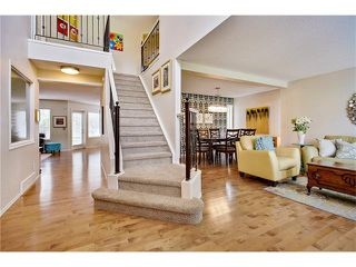 Photo 2: 110 Panorama Hills CI NW in Calgary: Panorama Hills House for sale : MLS®# C4063473
