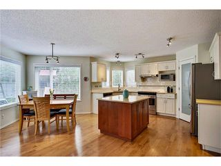 Photo 7: 110 Panorama Hills CI NW in Calgary: Panorama Hills House for sale : MLS®# C4063473