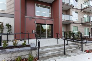 Photo 3: 107 13768 108 Avenue in Surrey: Whalley Condo for sale (North Surrey)  : MLS®# R2328719