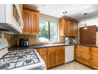 Photo 6: 16766 NORTHVIEW Crescent in Surrey: Grandview Surrey House for sale (South Surrey White Rock)  : MLS®# R2388869