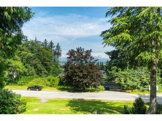 Photo 16: 16766 NORTHVIEW Crescent in Surrey: Grandview Surrey House for sale (South Surrey White Rock)  : MLS®# R2388869