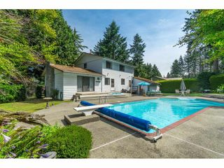 Photo 20: 16766 NORTHVIEW Crescent in Surrey: Grandview Surrey House for sale (South Surrey White Rock)  : MLS®# R2388869