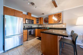 "Photo 2: 406 22255 122 Avenue in Maple Ridge: West Central Condo for sale in ""Magnolia Gate"" : MLS®# R2392786"