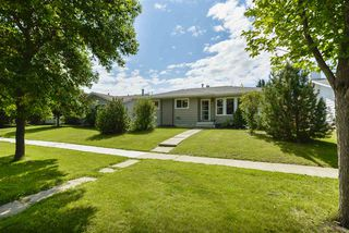 Photo 1: 66 WOODHAVEN Drive: Spruce Grove House for sale : MLS®# E4168497