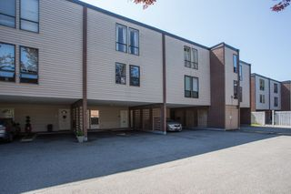 "Photo 1: 25 10200 4TH Avenue in Richmond: Steveston North Townhouse for sale in ""MANOAH VILLAGE"" : MLS®# R2396215"