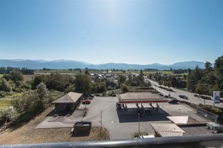 """Photo 12: 407 2242 WHATCOM Road in Abbotsford: Abbotsford East Condo for sale in """"Waterleaf"""" : MLS®# R2399795"""