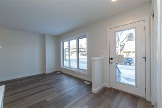 Photo 3: 11250 93 Street in Edmonton: Zone 05 House Half Duplex for sale : MLS®# E4188551
