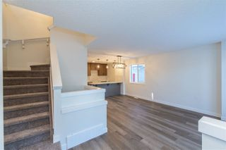 Photo 4: 11250 93 Street in Edmonton: Zone 05 House Half Duplex for sale : MLS®# E4188551
