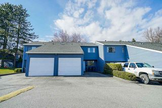 Photo 1: 2 9982 149 Street in Surrey: Guildford Townhouse for sale (North Surrey)  : MLS®# R2447721