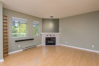 Photo 7: 415 6735 STATION HILL COURT in Burnaby: South Slope Condo for sale (Burnaby South)  : MLS®# R2450864
