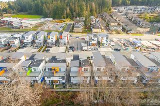 Main Photo: 103 3333 Radiant Way in Langford: La Happy Valley Row/Townhouse for sale : MLS®# 843466