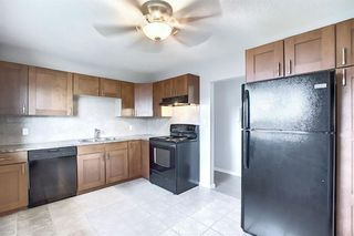 Photo 3: 2439 42 Street in Calgary: Forest Lawn Detached for sale : MLS®# A1022830