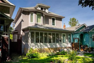 Photo 1: 612 Sherburn Street in Winnipeg: Residential for sale (5C)  : MLS®# 202022399