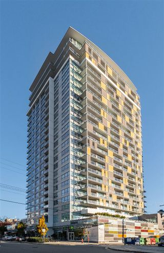 """Main Photo: 1410 125 E 14TH Street in North Vancouver: Central Lonsdale Condo for sale in """"CENTREVIEW"""" : MLS®# R2515813"""