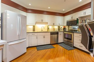 """Photo 3: 313 20140 56 Avenue in Langley: Langley City Condo for sale in """"Park Place"""" : MLS®# R2517442"""