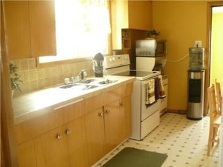 Photo 9: 556 MOUNTAIN AVE in Winnipeg: Residential for sale (Canada)  : MLS®# 1006335