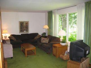 Photo 2: Marvelous 5 Bedroom Bungalow