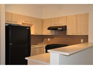 "Photo 3: 2410 5113 GARDEN CITY Road in Richmond: Brighouse Condo for sale in ""Lions park"" : MLS®# V989909"