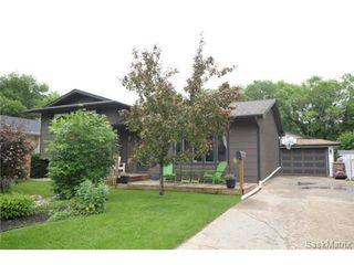Photo 2: 15 BERENSON Avenue in Regina: Normanview West Single Family Dwelling for sale (Regina Area 02)  : MLS®# 503577