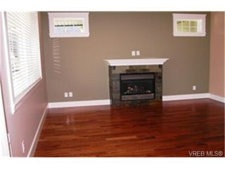Photo 4:  in VICTORIA: VR Six Mile Single Family Detached for sale (View Royal)  : MLS®# 469354