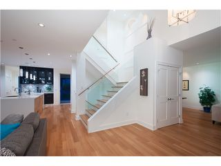 Photo 5: 1569 JEFFERSON Avenue in West Vancouver: Ambleside House for sale : MLS®# V1073552