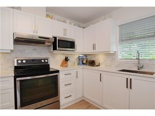 "Photo 2: 301 788 W 14TH Avenue in Vancouver: Fairview VW Condo for sale in ""OAKWOOD WEST"" (Vancouver West)  : MLS®# V1079669"