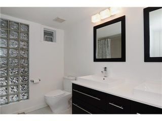 "Photo 10: 301 788 W 14TH Avenue in Vancouver: Fairview VW Condo for sale in ""OAKWOOD WEST"" (Vancouver West)  : MLS®# V1079669"