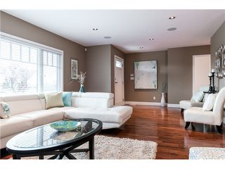 Photo 4: 4615 NAPIER ST in Burnaby: Brentwood Park House for sale (Burnaby North)  : MLS®# V1112364