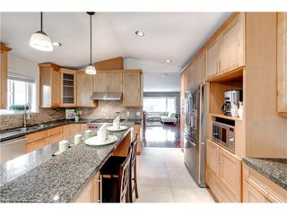 Photo 10: 4615 NAPIER ST in Burnaby: Brentwood Park House for sale (Burnaby North)  : MLS®# V1112364