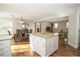 Photo 5: 13065 19 AV in Surrey: Crescent Bch Ocean Pk. House for sale (South Surrey White Rock)  : MLS®# F1437220