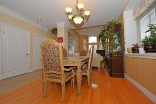 Photo 4: 5568 IRVING STREET in Burnaby: Forest Glen BS House 1/2 Duplex for sale (Burnaby South)  : MLS®# R2032600