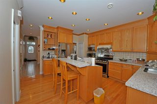 Photo 6: 5568 IRVING STREET in Burnaby: Forest Glen BS House 1/2 Duplex for sale (Burnaby South)  : MLS®# R2032600