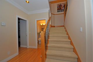 Photo 5: 5568 IRVING STREET in Burnaby: Forest Glen BS House 1/2 Duplex for sale (Burnaby South)  : MLS®# R2032600