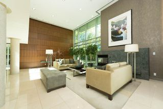 Photo 2: 301 1650 BAYSHORE DRIVE in Vancouver: Coal Harbour Condo for sale (Vancouver West)  : MLS®# R2119390
