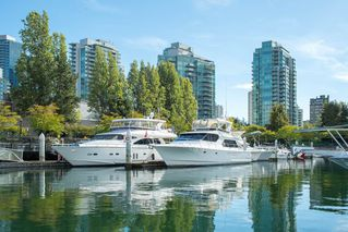 Photo 15: 301 1650 BAYSHORE DRIVE in Vancouver: Coal Harbour Condo for sale (Vancouver West)  : MLS®# R2119390