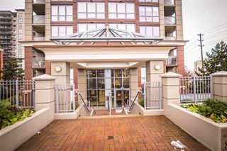 Photo 2: 1801 850 ROYAL AVENUE in New Westminster: Downtown NW Condo for sale : MLS®# R2128664