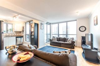 Photo 4: 1801 850 ROYAL AVENUE in New Westminster: Downtown NW Condo for sale : MLS®# R2128664