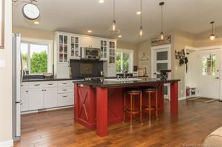 Photo 3: 5010 Pringle Road in Armstrong: Armstrong/ Spall. House for sale (North Okanagan)  : MLS®# 10103979
