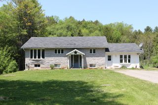 Main Photo: 2438 Shelter Valley Road in Vernonville: Residential Detached for sale : MLS®# 129150